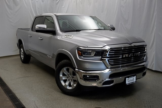 2019 Ram 1500 Crew Cab 4x4,  Pickup #190351 - photo 3