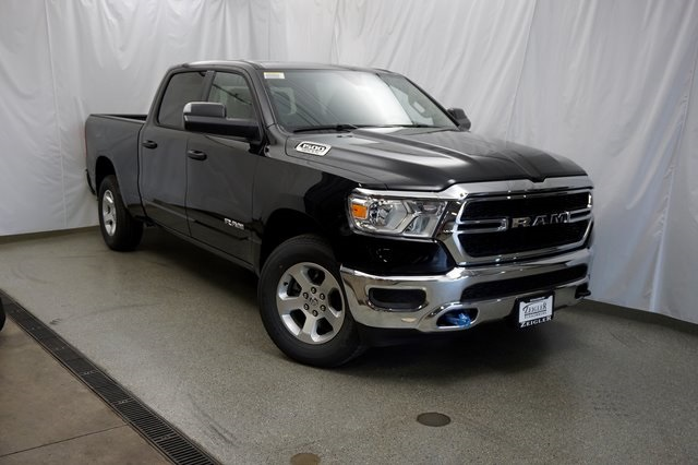 2019 Ram 1500 Crew Cab 4x4,  Pickup #190575 - photo 3