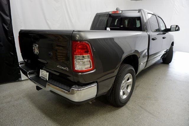 2019 Ram 1500 Crew Cab 4x4,  Pickup #190735 - photo 8