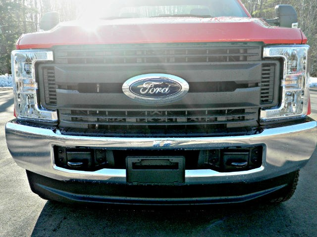 2017 F-350 Regular Cab DRW 4x4,  Reading SL Service Body #F14003 - photo 5