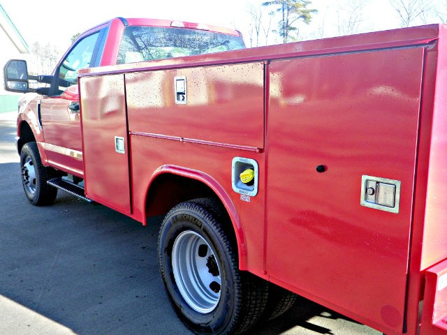 2017 F-350 Regular Cab DRW 4x4,  Reading SL Service Body #F14003 - photo 7