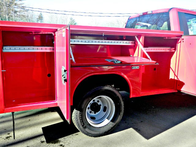 2017 F-350 Regular Cab DRW 4x4,  Reading SL Service Body #F14003 - photo 13