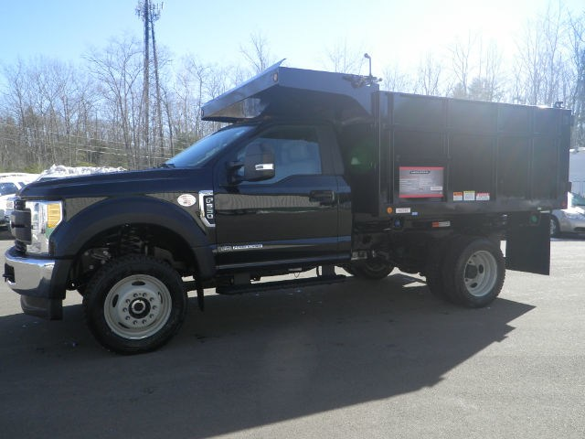 2017 F-550 Regular Cab DRW 4x4,  Reading Landscaper SL Landscape Dump #F14004 - photo 5