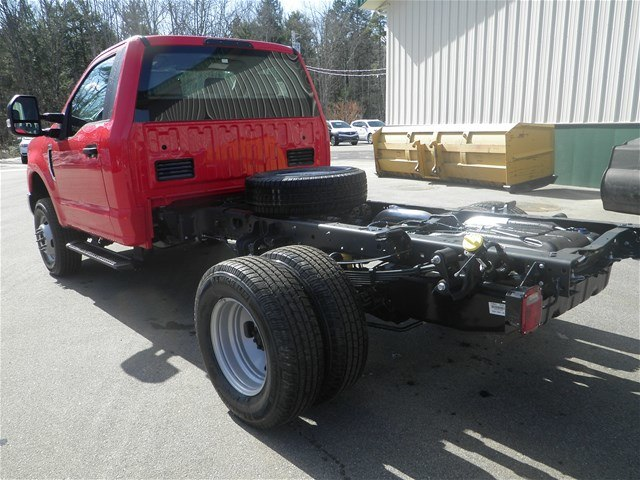 2018 F-350 Regular Cab DRW 4x4,  Cab Chassis #F14624 - photo 2