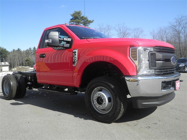 2018 F-350 Regular Cab DRW 4x4,  Cab Chassis #F14624 - photo 8