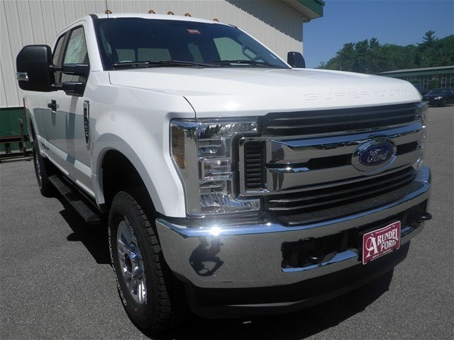 2018 F-250 Crew Cab 4x4,  Pickup #F14880 - photo 3