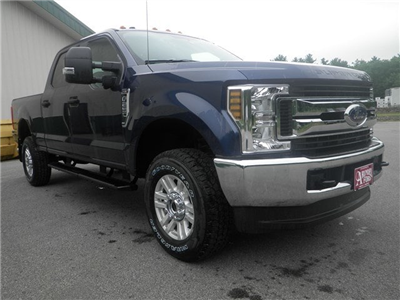 2018 F-250 Crew Cab 4x4,  Pickup #F14913 - photo 10