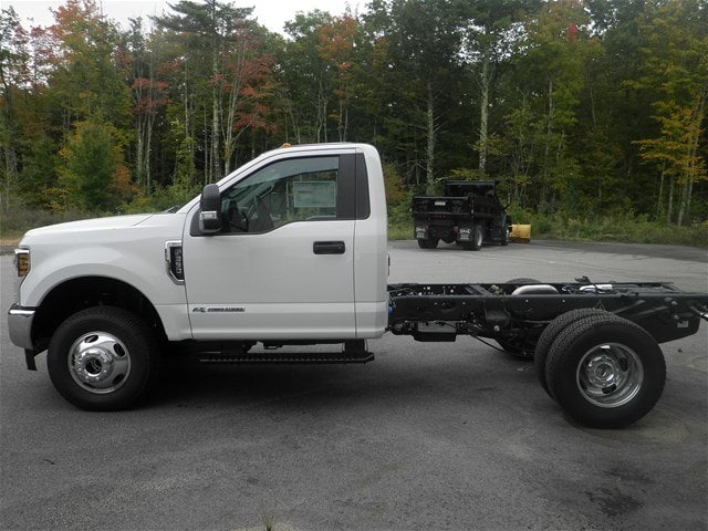 2019 F-350 Regular Cab DRW 4x4,  Cab Chassis #F14964 - photo 5