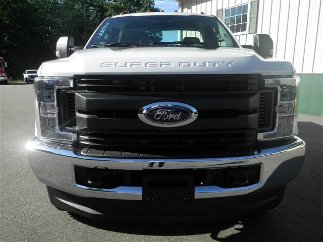 2019 F-350 Regular Cab 4x4,  Reading Service Body #F14977 - photo 4