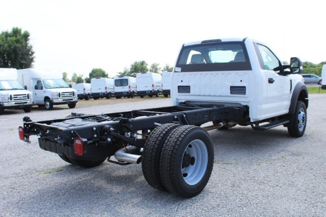 2018 F-550 Regular Cab DRW 4x4,  Cab Chassis #CF8113 - photo 2