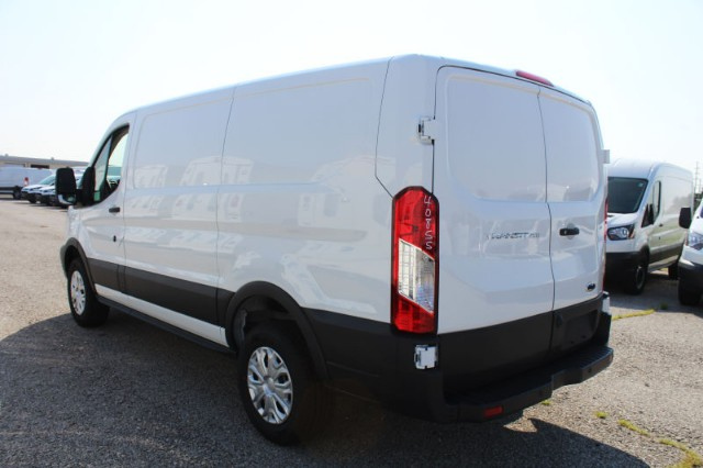 2018 Transit 250 Low Roof 4x2,  Empty Cargo Van #CF8239 - photo 3