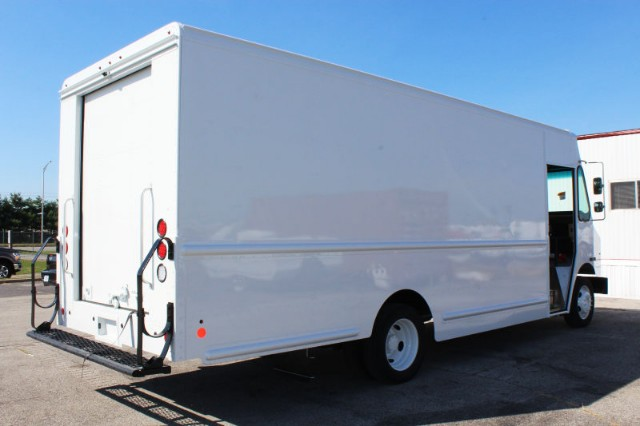 2019 F-59 4x2,  Step Van / Walk-in #CF9105 - photo 2
