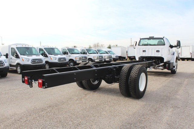 2019 F-650 Regular Cab DRW 4x2,  Cab Chassis #CF9144 - photo 2
