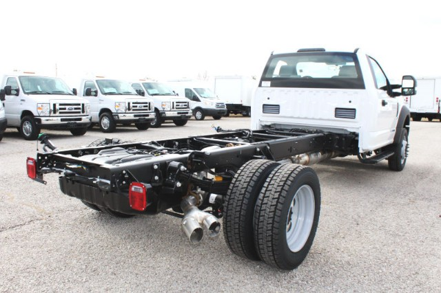 2019 F-550 Regular Cab DRW 4x4,  Cab Chassis #CF9164 - photo 2