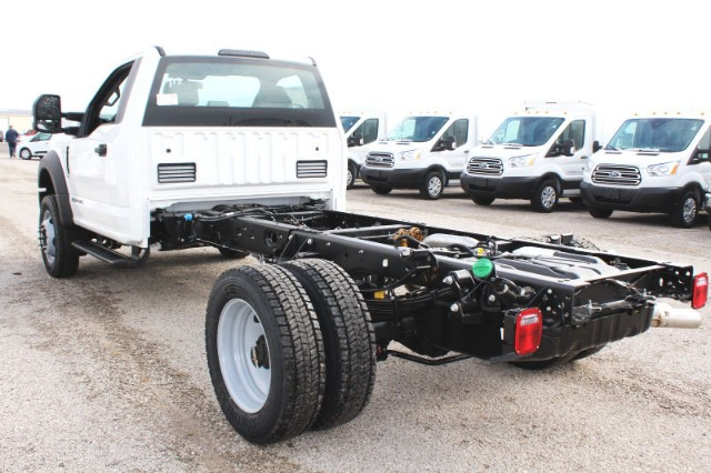 2019 F-550 Regular Cab DRW 4x4,  Cab Chassis #CF9180 - photo 2