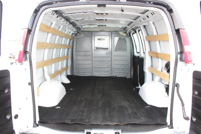 2017 Savana 2500,  Empty Cargo Van #CFX139 - photo 2