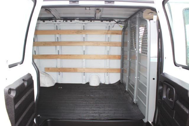 2017 Savana 2500,  Empty Cargo Van #CFX139 - photo 5