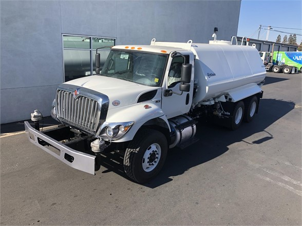 2020 International HV 6x4, Klein Products, Inc. (HD) Water Truck #N9962 - photo 1