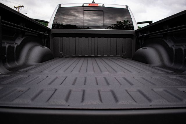 2019 Ram 1500 Crew Cab 4x4,  Pickup #RT1530405 - photo 10