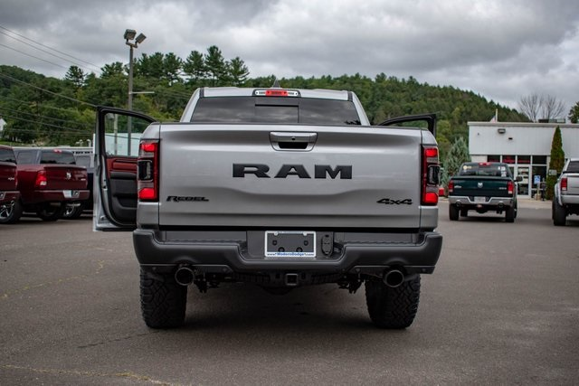 2019 Ram 1500 Crew Cab 4x4,  Pickup #RT1530405 - photo 6