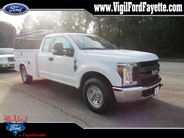 2019 F-250 Super Cab 4x2,  Knapheide Standard Service Body #L7013 - photo 1