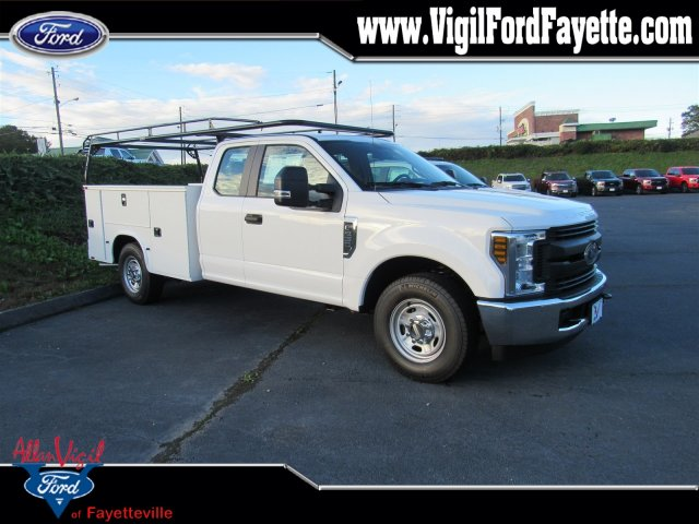 2019 F-250 Super Cab 4x2,  Knapheide Standard Service Body #L7027 - photo 1