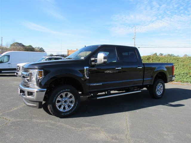 2019 F-250 Crew Cab 4x4,  Pickup #L7053 - photo 4