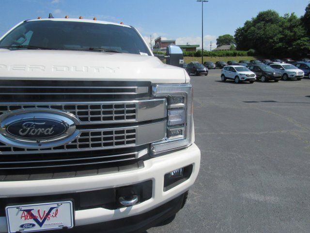 2019 F-250 Crew Cab 4x4,  Pickup #L7231 - photo 15