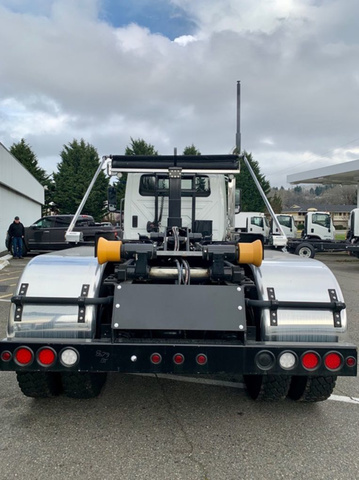 2019 International HV 6x4, Amrep Roll-Off Body #N604157 - photo 1
