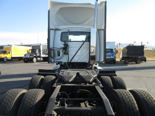 2019 International LT 6x4, Tractor #N812234 - photo 1