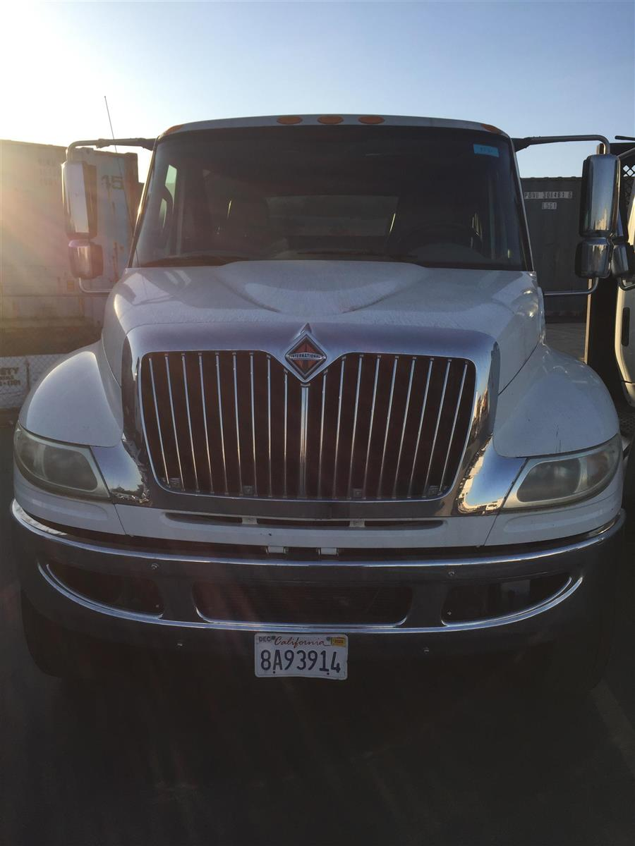 2012 International DuraStar 4400 4x2, Cab Chassis #L129251X - photo 1