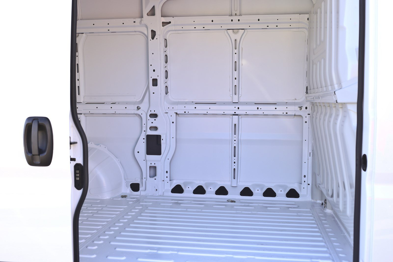 2018 ProMaster 1500 High Roof FWD,  Empty Cargo Van #11384 - photo 19