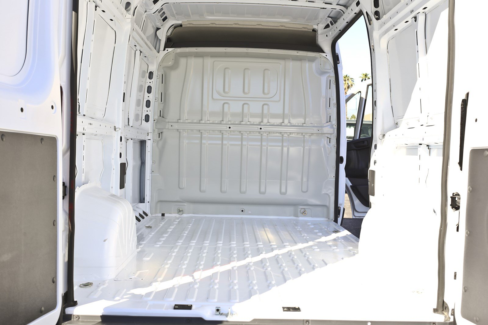 2018 ProMaster 1500 High Roof FWD,  Empty Cargo Van #11384 - photo 2