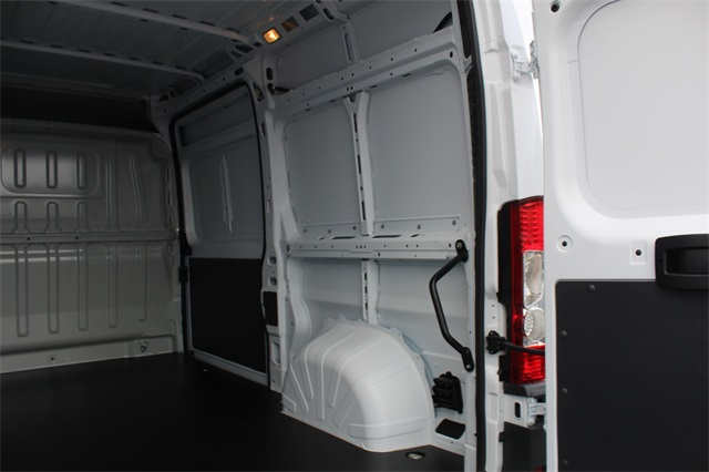 2018 ProMaster 2500 High Roof FWD,  Empty Cargo Van #151790 - photo 10