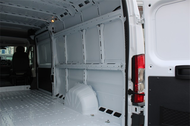 2018 ProMaster 3500 High Roof FWD,  Empty Cargo Van #152345 - photo 10