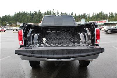 2018 Ram 3500 Crew Cab 4x4,  Pickup #373796 - photo 8