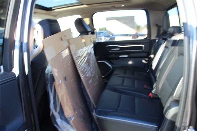 2019 Ram 1500 Crew Cab 4x4,  Pickup #571507 - photo 10