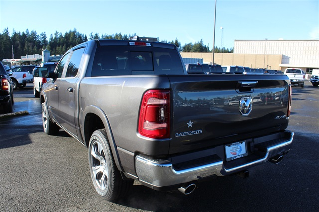 2019 Ram 1500 Crew Cab 4x4,  Pickup #571507 - photo 5