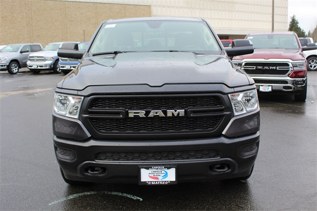 2019 Ram 1500 Quad Cab 4x4,  Pickup #603627 - photo 3