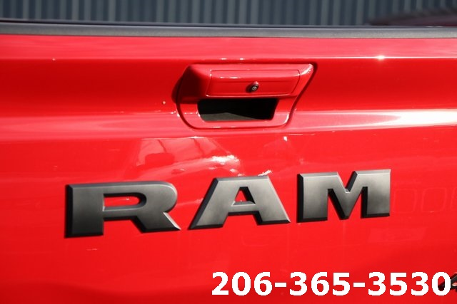 2019 Ram 1500 Crew Cab 4x4,  Pickup #629687 - photo 10