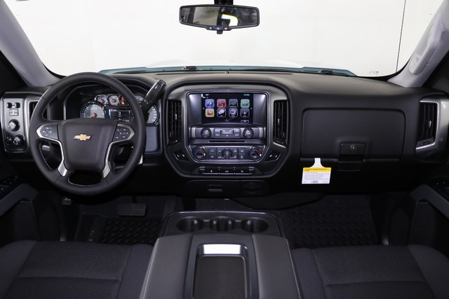 2018 Silverado 1500 Crew Cab 4x4,  Pickup #8423 - photo 18