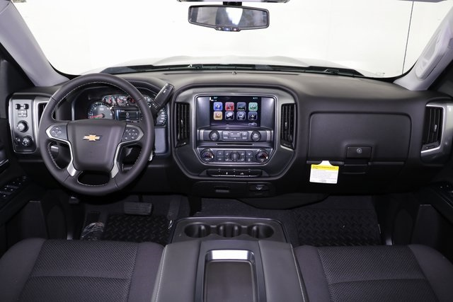 2018 Silverado 1500 Crew Cab 4x4,  Pickup #8452 - photo 18