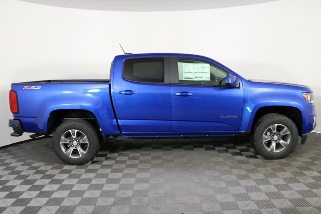 2019 Colorado Crew Cab 4x4,  Pickup #9062 - photo 9