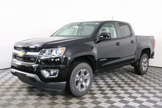 2019 Colorado Crew Cab 4x4,  Pickup #9073 - photo 3
