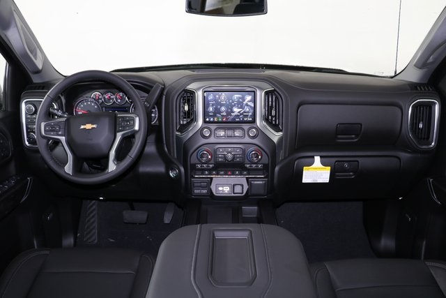 2019 Silverado 1500 Crew Cab 4x4,  Pickup #9075 - photo 17