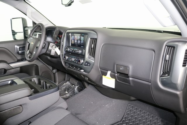 2019 Silverado 2500 Crew Cab 4x4,  Pickup #9087 - photo 31