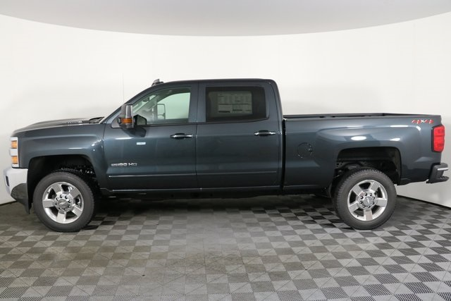 2019 Silverado 2500 Crew Cab 4x4,  Pickup #9087 - photo 8