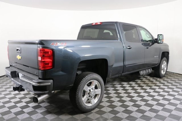 2019 Silverado 2500 Crew Cab 4x4,  Pickup #9087 - photo 10