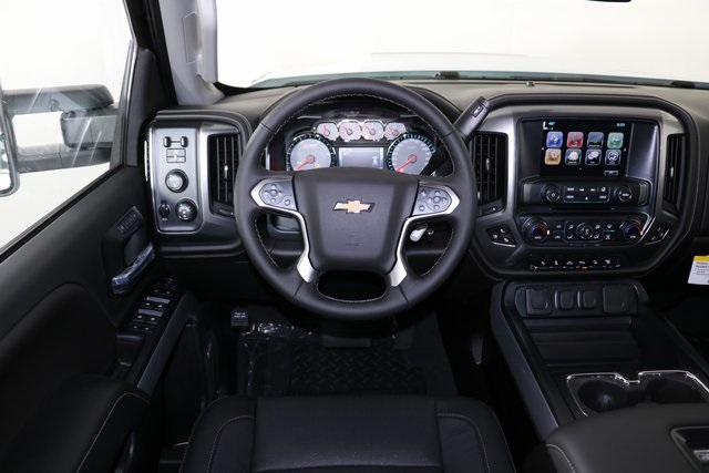 2019 Silverado 2500 Crew Cab 4x4,  Pickup #9096 - photo 14
