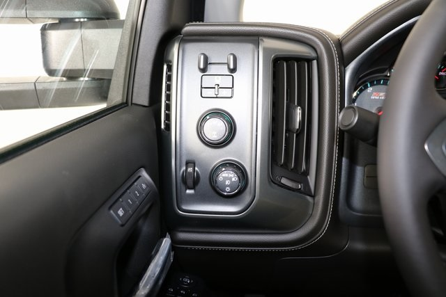 2019 Silverado 2500 Crew Cab 4x4,  Pickup #9096 - photo 20